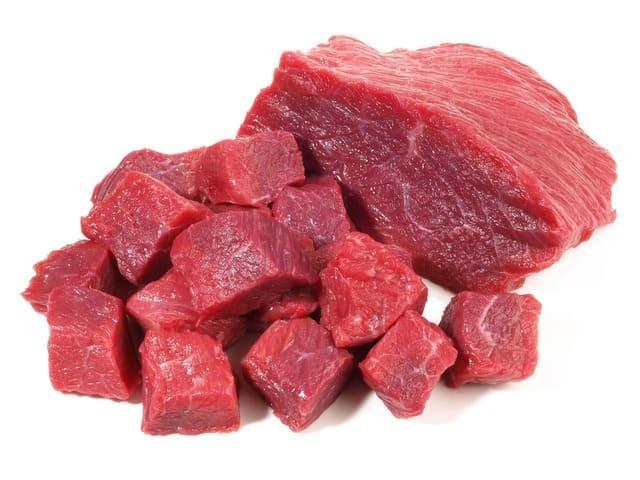 Сырое мясо в рационе немецкой овчарки
