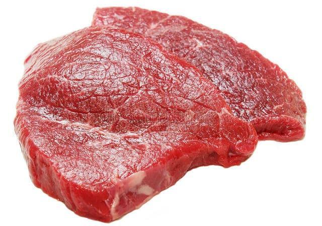 Чем кормить лабрадора - мясо