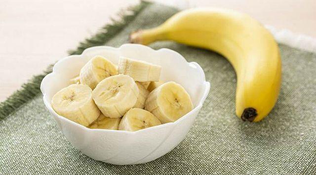 Банан для хомяка