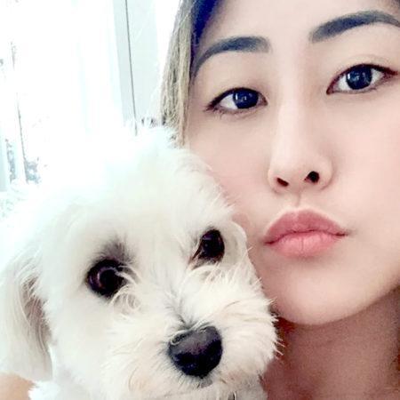 Лиззи Капри и её собаки